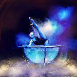 Luxury pool, девушка в аквариуме